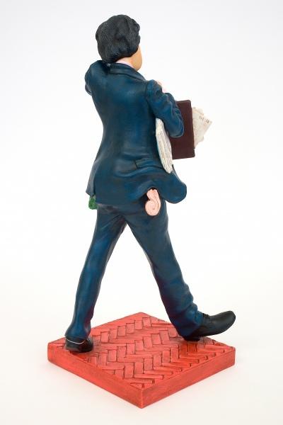 FO85512-The-Businessman-Le-Businessman-2
