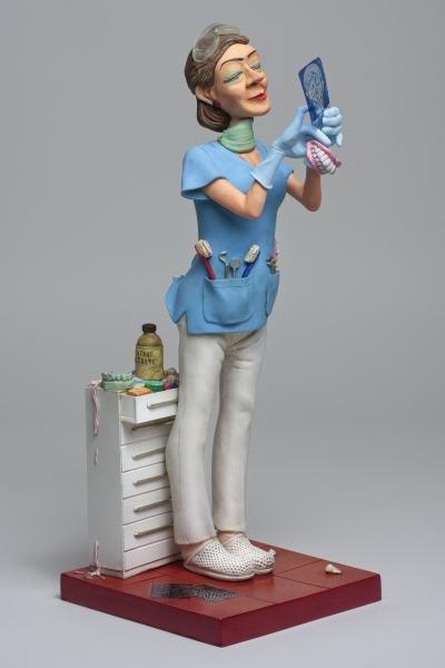 FO85534-Lady-Dentist-Madame-Dentiste-1-HR