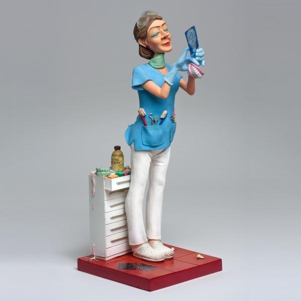 FO85534-Lady-Dentist-Madame-Dentiste-1-square