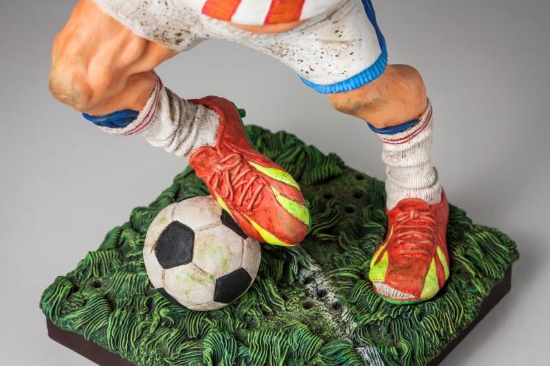 FO85542-The-Football-Player-Le-Footballeur-6-2016