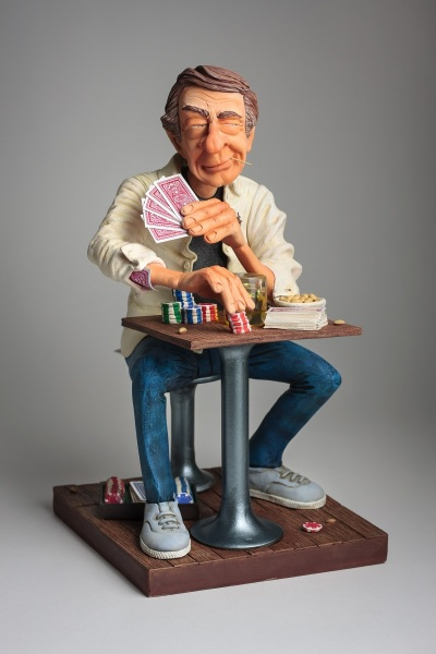 FO85545-Mr.-Poker-Face-1